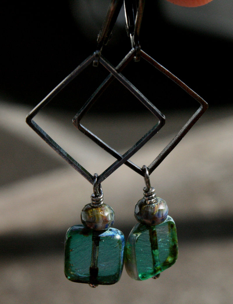 Gunmetal square link with czech glass flat square and baby rondelle - 1