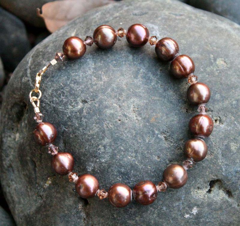 Chocolate freshwater pearl bracelet
