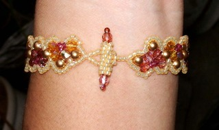 Beaded_half_bracelet_from_bead_an_4