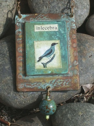 Bird_pendant_closeup_jane_wynn