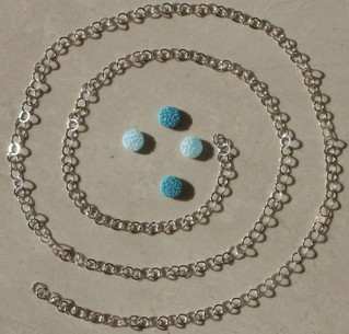 Ss_chain_and_vintage_glass_discs_pu