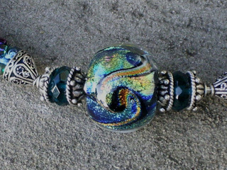 Bead_crochet_necklace_calvin_orr_be