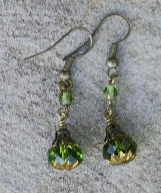 Czech_glass_and_brass_earrings_ol_2