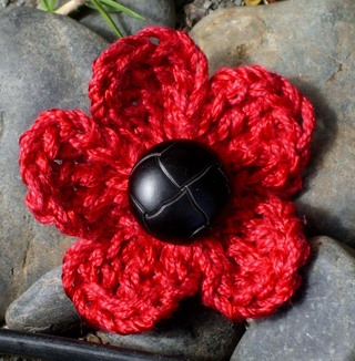 Five_petal_crocheted_flower_2152007_1