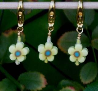 Spring_crochet_stitch_markers_set_2_2920