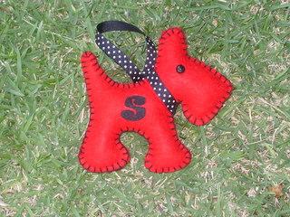 Valentine_scottie_and_fabric_fat_quarter
